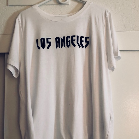 "b04a40065 Forever 21 Tops - FOREVER 21 ""Los Angeles"" Plus Size Graphic Tee 3X"